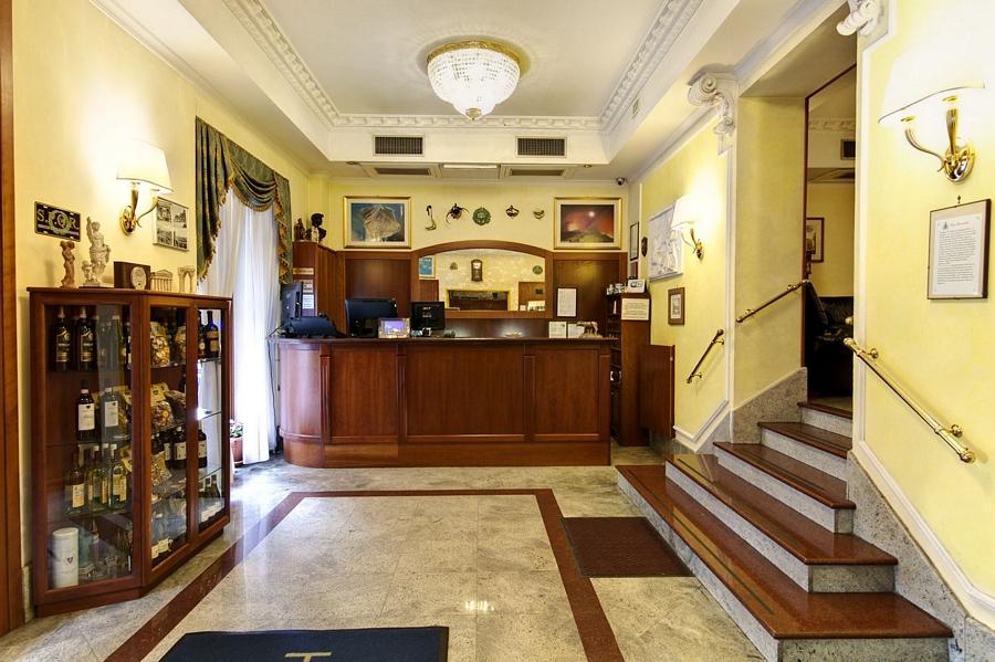 Hotel Stromboli Via Marsala Roma